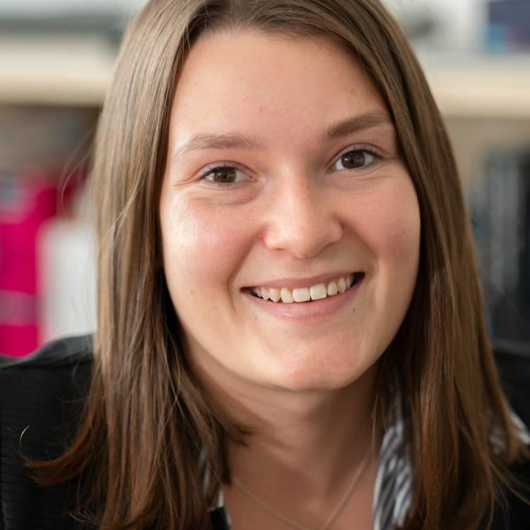 Lisa Schmelcher